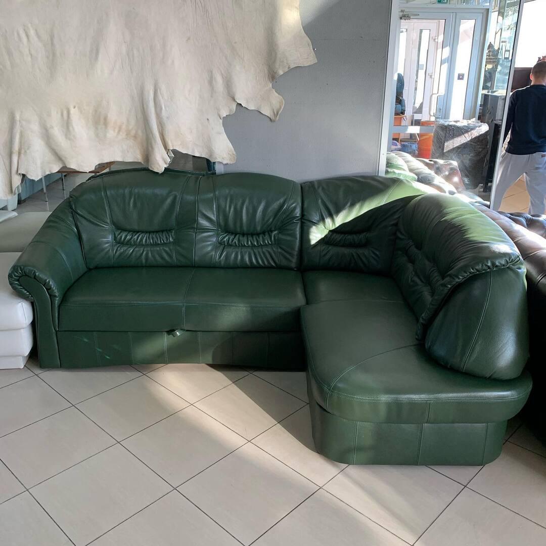 Новый Кожаный угловой диван. С системой ежедневный сон, и есть ниша для белья. Спальное место  120/200 размер дивана 170/240 см  Цена 1250$ Новый диван . ☎️ 0503838532🎉🎊🎄🎈#диван #диванкожаный #диванкровать #диванкиевкупить #диванкожаныйраскладной #мебельизевропы #евромебель
