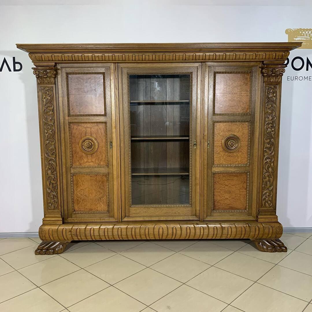 Книжный шкаф в стиле Ренесанс. Киев ул . Пожарского 8. ☎️0503838532